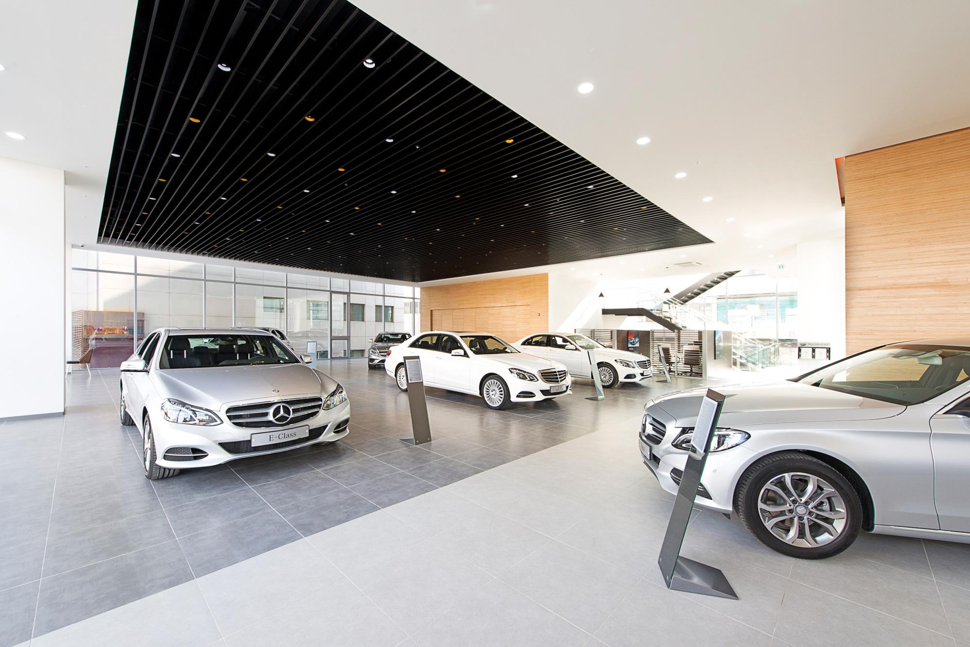 Mercedes Benz Kyohak Motors Pace Studio