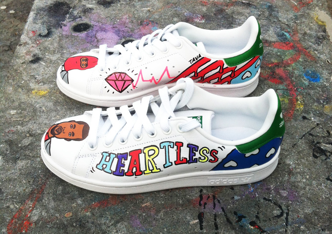 To order your custom Stan smith, email: antoine.tavaglione@gmail.com